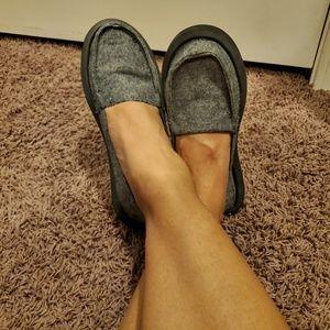 Sanuk canvas slip on shoe